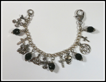 "Bettelarmband ""Goth Cross"" - Unikat"