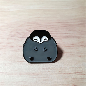 "Pin ""Pinguinbaby"""